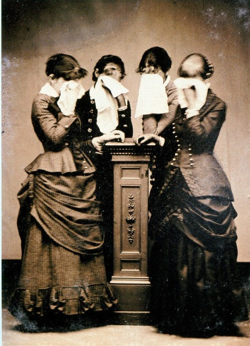 Victorian-Mourning-620x860