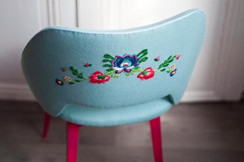 folkloria nouvelle vie d une chaise bohemian society girl. Black Bedroom Furniture Sets. Home Design Ideas